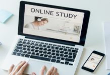 Contextual Online Learning for Multimedia Content Aggregation