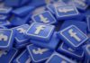 Personalizing Sample Databases With Facebook Information to Increase Intrinsic Motivation