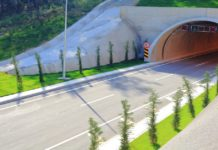 Comparison of Risk Assessments for Underground Construction Projects
